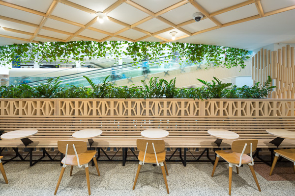 Casuarina-Food-Court-Gary-Annett-4